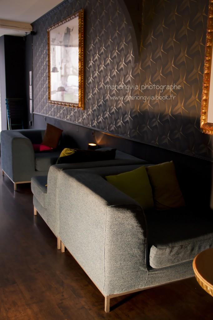 l 39 arbre bulles bar confidentiel. Black Bedroom Furniture Sets. Home Design Ideas