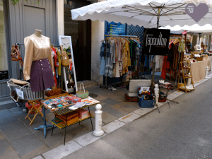 Tapouillon Vintage Mourillon Market Place Toulon