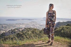 ootd look combinaison africaine blogueuse From Toulon with Love au Faron