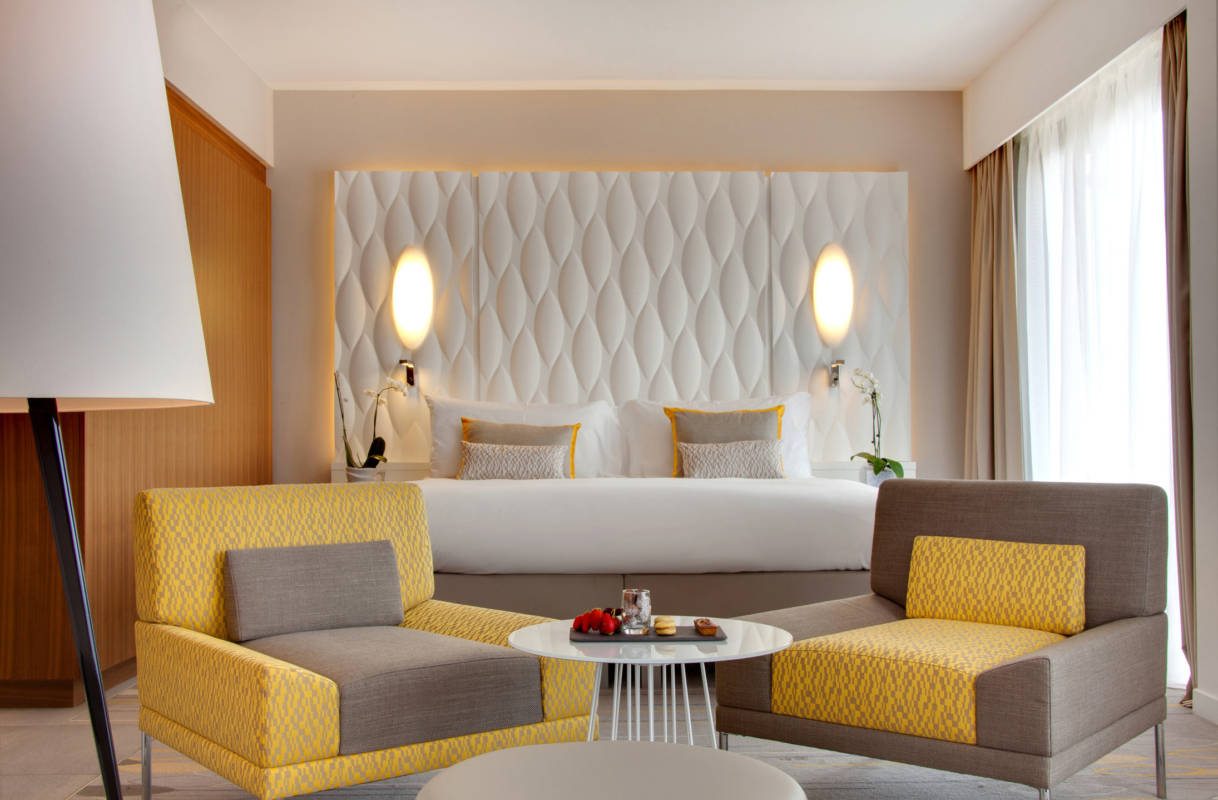 Junior Suite travel blog hotel renaissance aix en provence