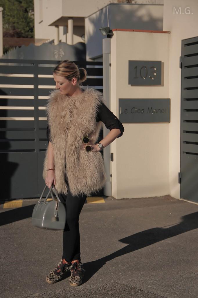 look-blog-mode-hiver-veste-poils-pull-and-bear-sac-candybag-furla-baskets-ash (2)