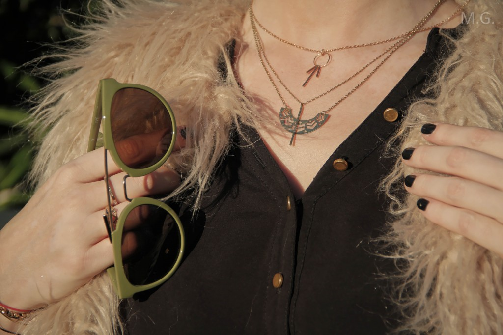 look-blog-mode-hiver-veste-poils-pull-and-bear-sac-candybag-furla-baskets-ash (9)