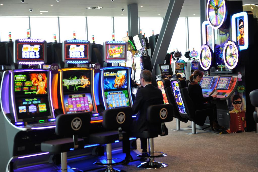 Salle-des-jeux-1er-étage-casino JOA La Seyne 83