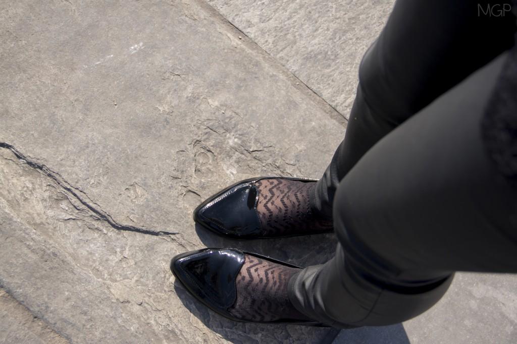 total-look-black-cuir-dentelle-zara-blog-mode-sud (11)