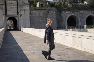 total-look-black-cuir-dentelle-zara-blog-mode-sud (17)