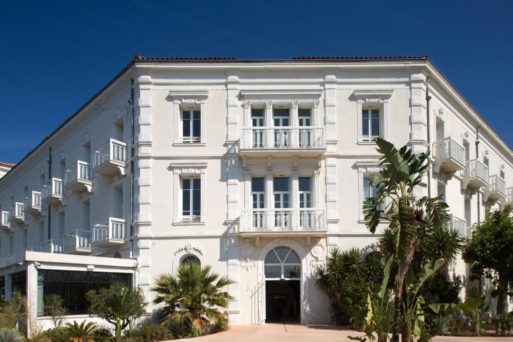 grand hotel sablettes facade 2018 blog toulon test avis